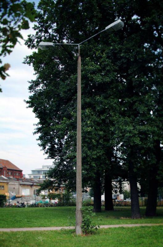 Lamps-Puschkin-Allee-Km-27-Treptow